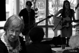 Muziek bij de buren - Nienke Deiters