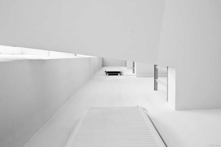 kao-staircase-4891